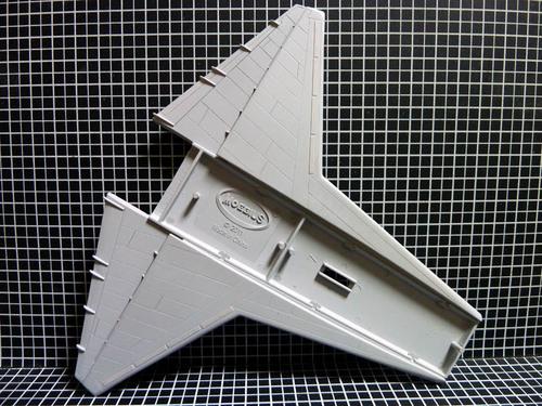 主翼のスジ彫り終了 上.jpg