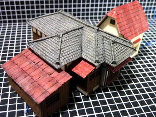 台所の屋根 取り付け.jpg