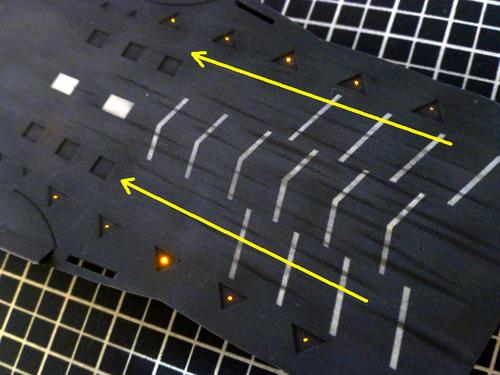 流れる誘導灯の点灯.jpg