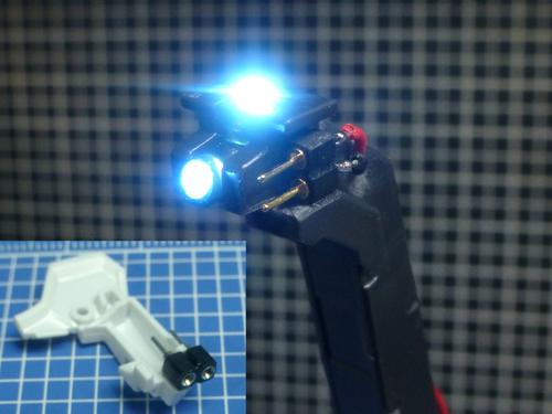 胸LEDスタンドへ.jpg